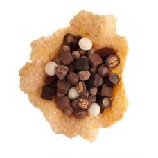 Нугатинова купа с бонбони асорти