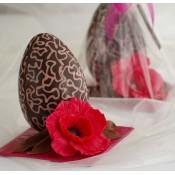 Шоколадово Великденско яйце с ружа