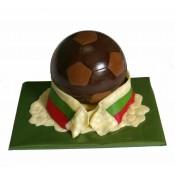 Шоколадова футболна топка