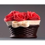 Шоколадова кошница с рози