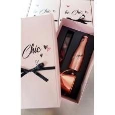 Луксозна подаръчна кутия с шоколадови бонбони, вино и шампаниера