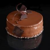 Торта Малинов сатен - 8 порции